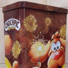 Cajas y cajitas metálicas: BOTE METALICO PARA CEREALES CHOCAPIC 25 AÑOS PROMOCIÓN EXCLUSIVA ANIVERSARIO. Lote 238706260