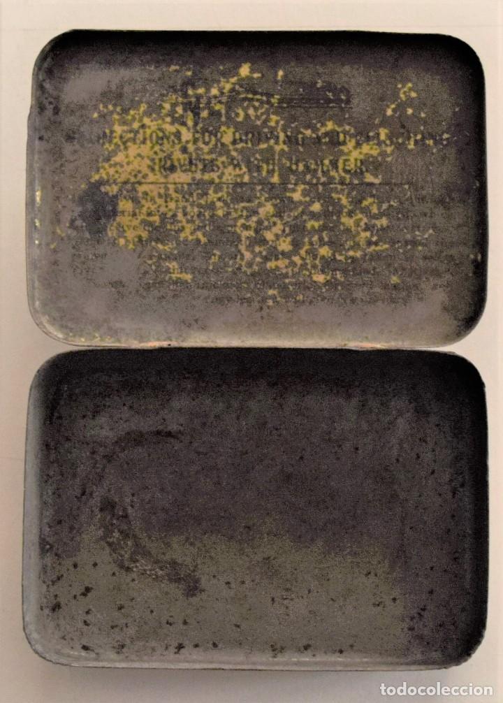 Cajas y cajitas metálicas: ANTIGUA CAJA METÁLICA DE REMACHES BIFURCATED RIVETS - MADE IN ENGLAND - 8 X 5,7 X 2,7 CM - Foto 10 - 241157620