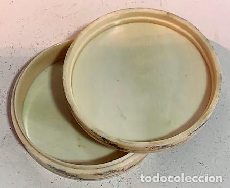 Cajas y cajitas metálicas: Caja redonda con pinturas miniatura. - Foto 4 - 244491590