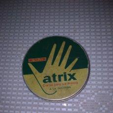 Cajas y cajitas metálicas: CAJA LATA CREMA ATRIX. Lote 245756560