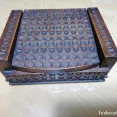 Cajas y cajitas metálicas: *ARQUETA. CAJA MADERA TALLADA. CIRCULO FARGNOLI. (RF:A*/G). Lote 247296070