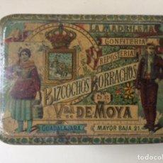 Cajas y cajitas metálicas: LA MADRILEÑA, BIZCOCHOS BORRACHOS, VDA. DE MOYA. Lote 249404375