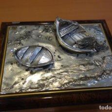 Cajas y cajitas metálicas: BONITA CAJA DE PLATA DE LEY DE LOS AÑOS 70. Lote 250259260