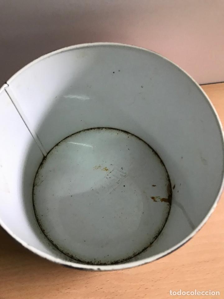 Cajas y cajitas metálicas: Antiguo bote Nesquik - Foto 3 - 251523360