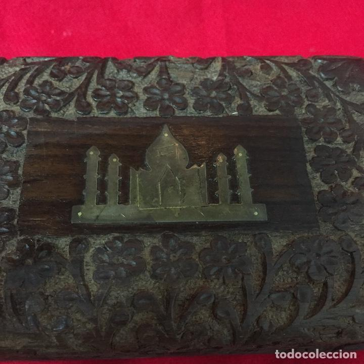 Cajas y cajitas metálicas: Caja de madera, artesanía, hecha a mano, Made in India, con incrustación de Taj Mahal en metal - Foto 2 - 252659305
