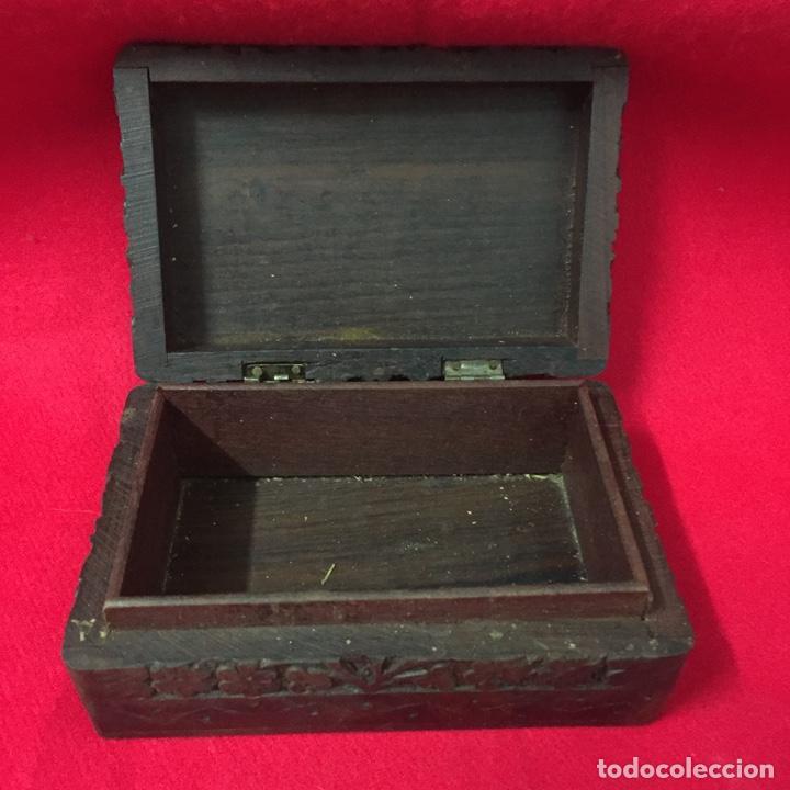 Cajas y cajitas metálicas: Caja de madera, artesanía, hecha a mano, Made in India, con incrustación de Taj Mahal en metal - Foto 3 - 252659305