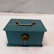 Cajas y cajitas metálicas: CAJA DE CAUDALES. Lote 252779945