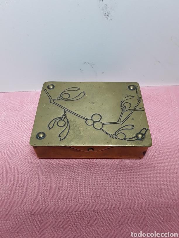 CAJA PARA SELLOS (Coleccionismo - Cajas y Cajitas Metálicas)