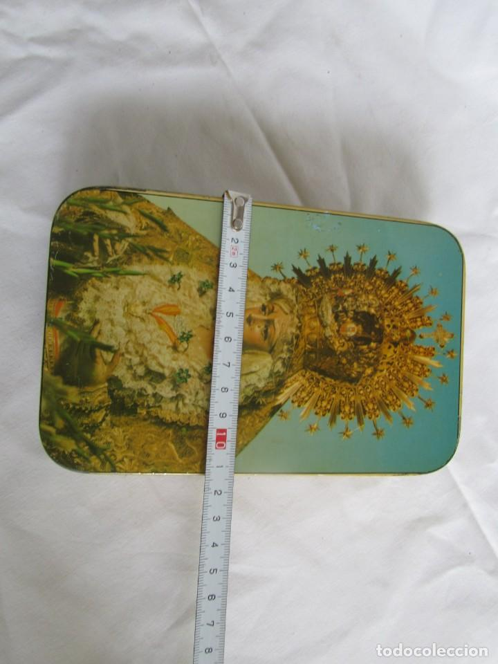 Cajas y cajitas metálicas: Caja de lata Dulce de membrillo, Puentegenil, Virgen de la Macarena - Foto 10 - 262063050
