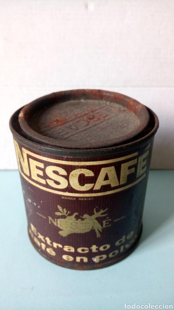 BOTE DE NESCAFÉ. EXTRACTO DE CAFÉ EN POLVO. AÑOS 60. (Coleccionismo - Cajas y Cajitas Metálicas)