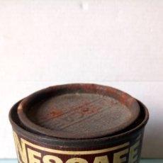 Cajas y cajitas metálicas: BOTE DE NESCAFÉ. EXTRACTO DE CAFÉ EN POLVO. AÑOS 60.. Lote 262529590