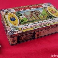 Cajas y cajitas metálicas: CAJA GRANDE DE HOJALATA DE AZAFRAN , ELEPHANT BRAND , HIJOS DE MANUEL ALBEROLA - NOVELDA. Lote 262956845