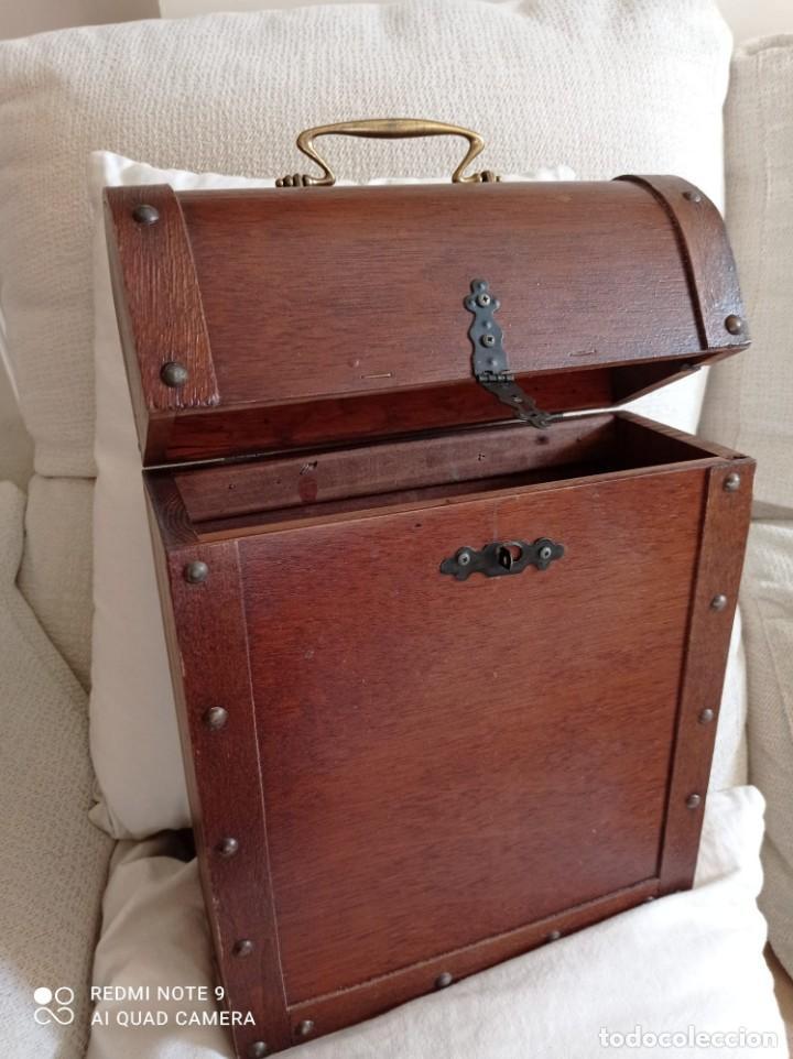 Cajas y cajitas metálicas: Cofre de madera para botellas de vino. - Foto 6 - 263941865
