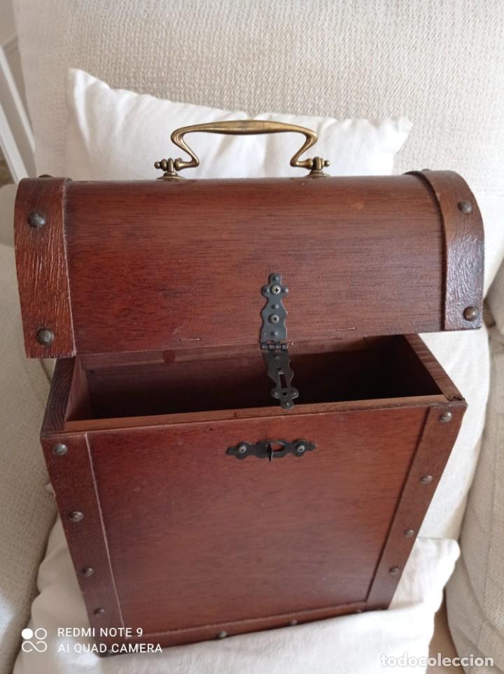 Cajas y cajitas metálicas: Cofre de madera para botellas de vino. - Foto 7 - 263941865
