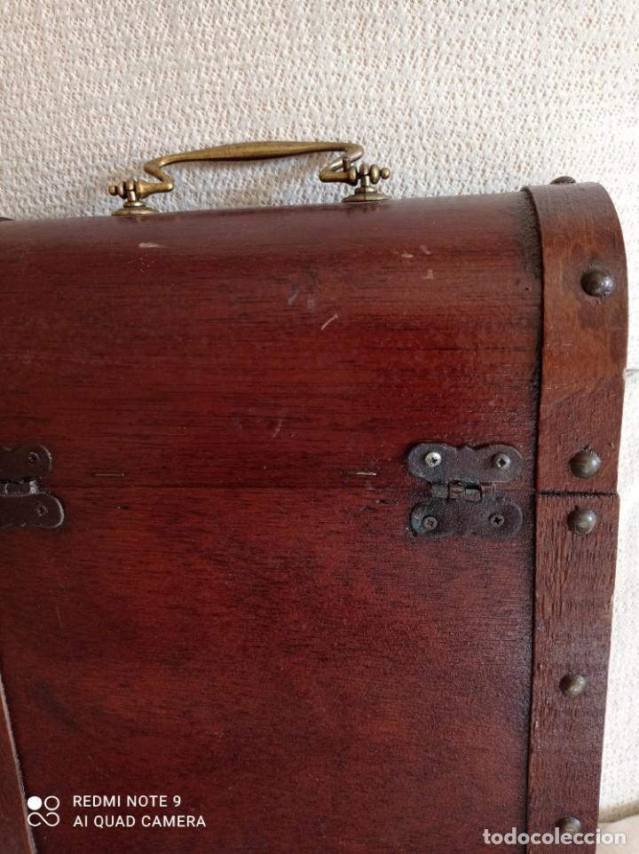 Cajas y cajitas metálicas: Cofre de madera para botellas de vino. - Foto 9 - 263941865