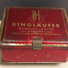 Cajas y cajitas metálicas: CAJA METÁLICA RINGLAUFER BASE DORADA. Lote 264245676