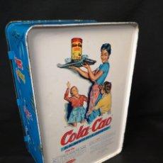Cajas y cajitas metálicas: ANTIGUA CAJA DE OJALATA DE COLA CAO. Lote 267440314