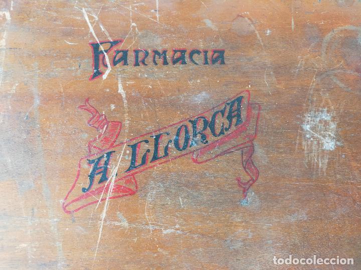 Cajas y cajitas metálicas: CAJA MALETIN EN MADERA FARMACIA LLORCA - Foto 3 - 267593769