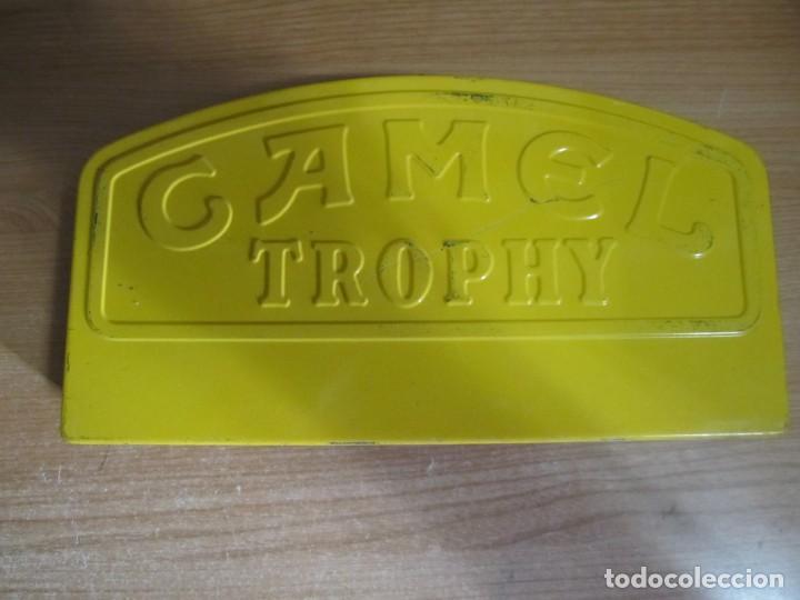 CAJA METALICA CAMEL TROPHY (Coleccionismo - Cajas y Cajitas Metálicas)