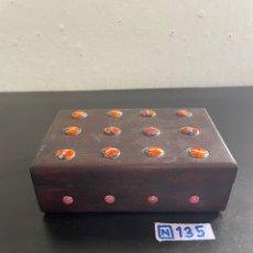 Cajas y cajitas metálicas: CAJA ANTIGUA DE MADERA. Lote 271907618