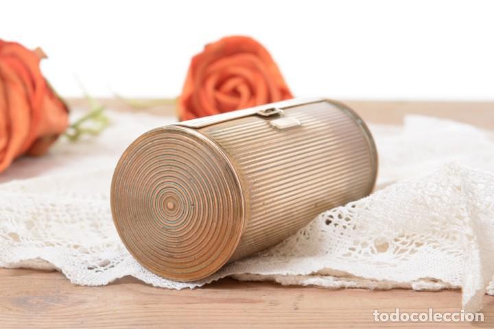 Cajas y cajitas metálicas: Curiosa caja vintage en forma cónica para maquillaje o monedero - Foto 4 - 273643118