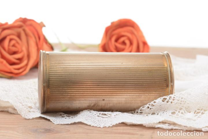 Cajas y cajitas metálicas: Curiosa caja vintage en forma cónica para maquillaje o monedero - Foto 5 - 273643118