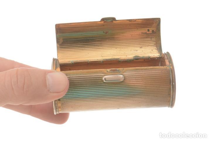 Cajas y cajitas metálicas: Curiosa caja vintage en forma cónica para maquillaje o monedero - Foto 8 - 273643118