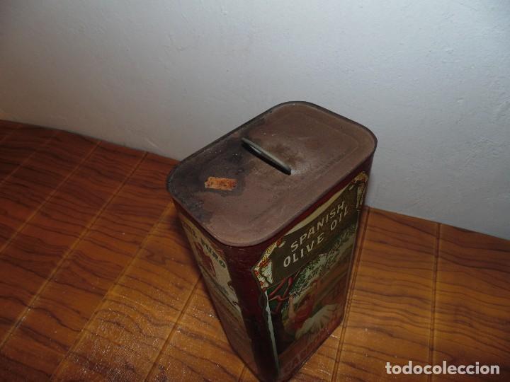 Cajas y cajitas metálicas: Antigua Lata de Aceite de Oliva CARBONELL sin abrir años 70s ? - Foto 6 - 276797318