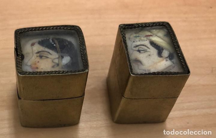 Cajas y cajitas metálicas: BONITA PAREJA DE CAJAS INDIAS CON ESCENAS PINTADAS A MANO - Foto 2 - 277035443
