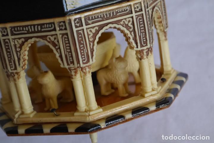 Cajas y cajitas metálicas: Caja joyero musical de marquetería Fuente de los leones Alhambra de Granada - Foto 10 - 277083238