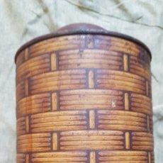 Cajas y cajitas metálicas: ANTIGUA LATA FARMACIA COLOR MIMBRE. Lote 277128493