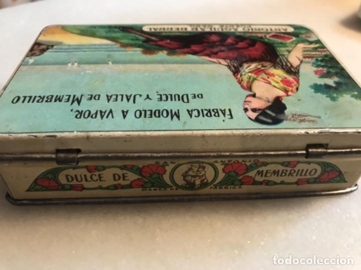 Cajas y cajitas metálicas: Lata litografíada dulce membrillo Antonio Aguilar. Puente Genil - Foto 3 - 285077863