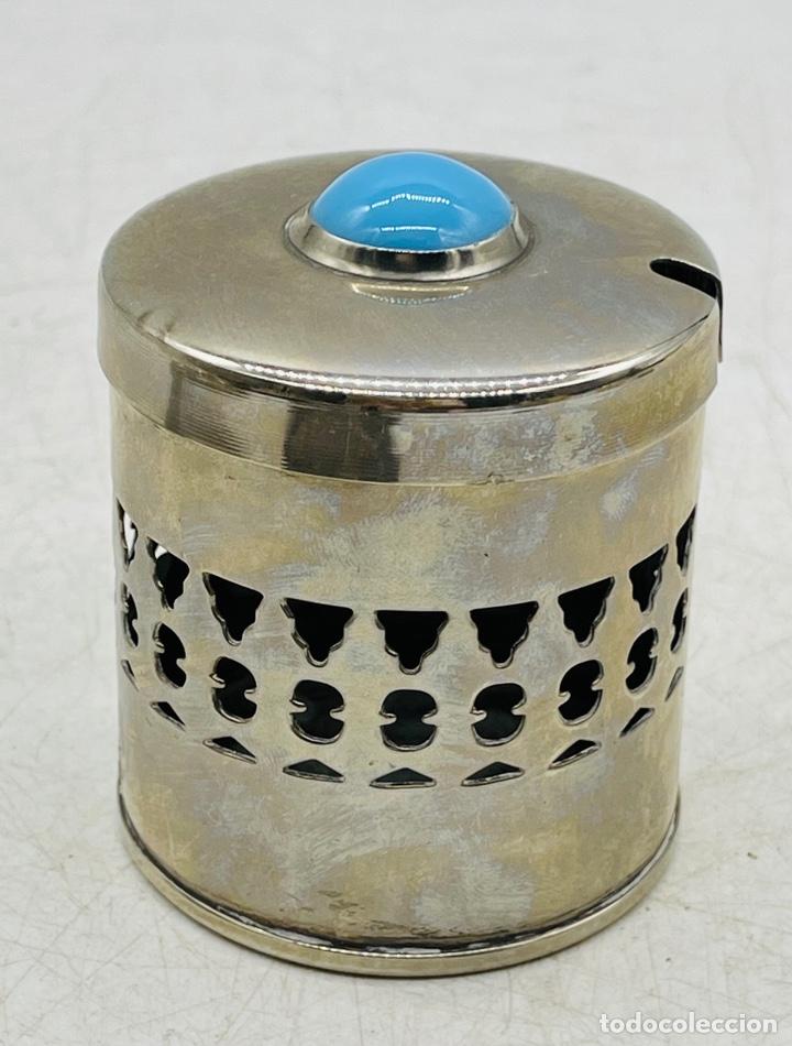 CAJA CON TURQUESA (Coleccionismo - Cajas y Cajitas Metálicas)