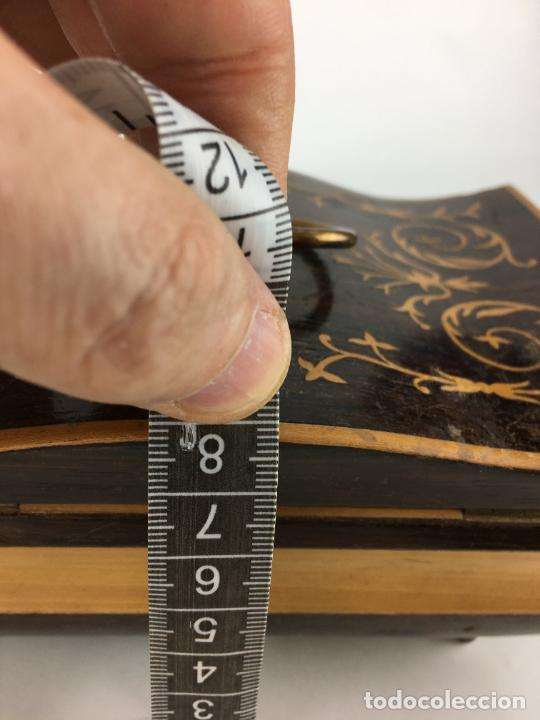 Cajas y cajitas metálicas: PRECIOSA CAJA BAUL COSTURERO FORRADO EN TERCIOPELO - Foto 14 - 286947078