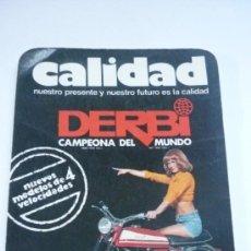 Coleccionismo Calendarios: CALENDARIO DE BOLSILLO AÑO 1975. CALIDAD DERBI. NUEVOS MODELOS DE CUATRO VELOCIDADES. Lote 38362488