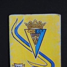 Coleccionismo Calendarios: CALENDARIO BOLSILLO - FÚTBOL - CÁDIZ - ESCUDO - PARTIDOS TEMPORADA 1992-93 - AÑO 1993. Lote 132792654