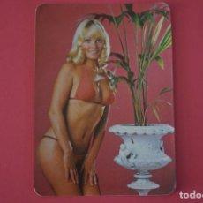 Coleccionismo Calendarios: CALENDARIO DE BOLSILLO SIN PUBLICIDAD MUJER RUBIA EN BIKINI AÑO 1980 LOTE 23. Lote 195077133