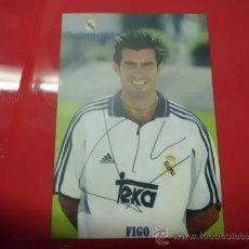 Coleccionismo deportivo: CALENDARIO BOLSILLO AÑO 2001 REAL MADRID FIGO. Lote 31762429