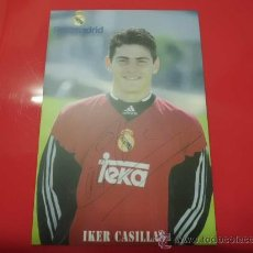 Coleccionismo deportivo: CALENDARIO BOLSILLO AÑO 2001 REAL MADRID IKER CASILLAS. Lote 54929033
