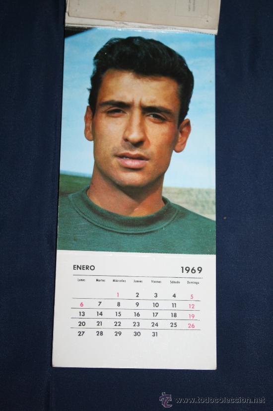 Coleccionismo deportivo: C.F. BARCELONA - CALENDARIO DE FUTBOL DE 1969 - COMPLETO, CON FOTOGRAFÍAS DE LOS JUGADORES - Foto 3 - 32302378