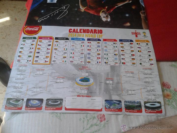 Coleccionismo deportivo: CALENDARIO GRAN FORMATO TIPO PARED MUNDIAL DE FUTBOL BRASIL 2014 COCA COLA COCACOLA POWERADE INIESTA - Foto 2 - 44242371