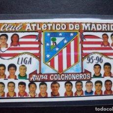 Coleccionismo deportivo: CALENDARIO PLANTILLA ATLETICO DE MADRID FUTBOL 95 / 96 PLASTIFICADO 1996. Lote 62757056