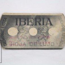 Coleccionismo deportivo: ANTIGUO CALENDARIO TROQUELADO FÚTBOL - CAMPEONATO DE LIGA 1940-1941. 1ª DIVISIÓN -PUBLICIDAD IBERIA. Lote 67821837