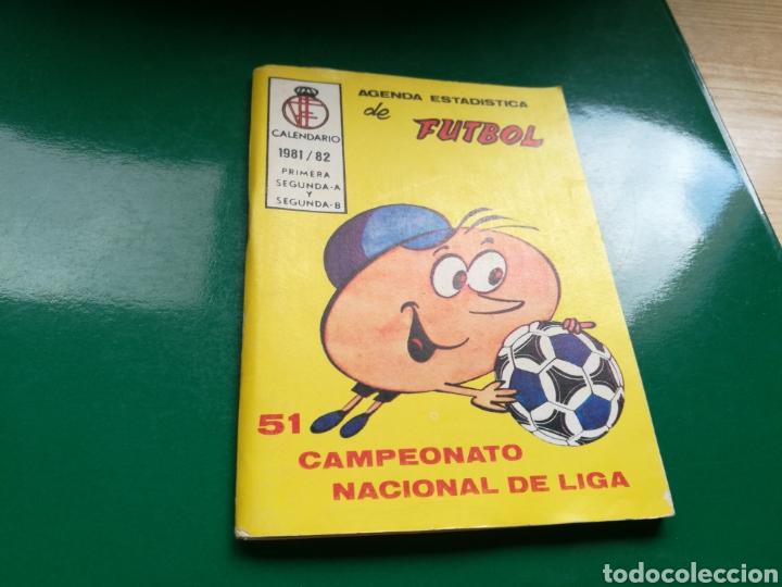 CALENDARIO ESTADÍSTICO DE FÚTBOL DE LA LIGA ESPAÑOLA 1981-82 (Coleccionismo Deportivo - Documentos de Deportes - Calendarios)