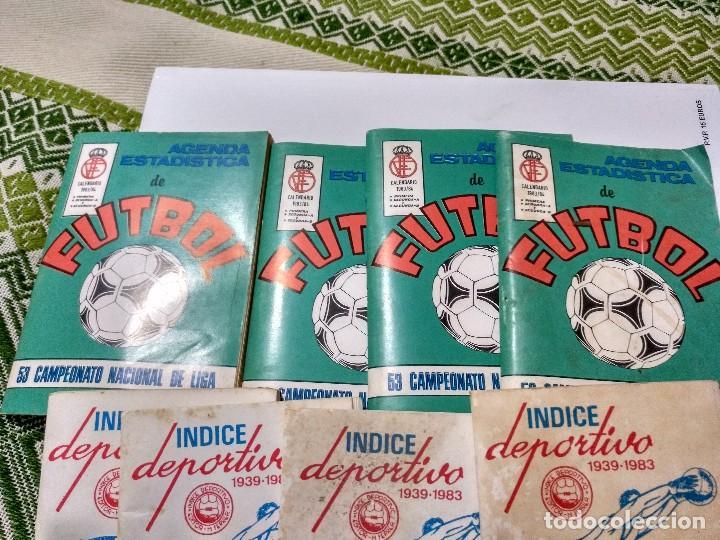 Coleccionismo deportivo: Lote de ocho, 4 agendas Calendario liga 83/84 y 4 índices deportivos 1939-1983 - Foto 2 - 101027303