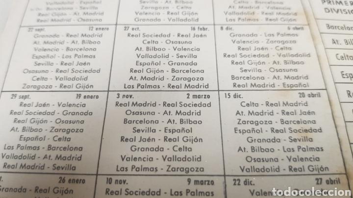 Coleccionismo deportivo: Calendario de liga c.f.Barcelona 1957-1958 de primera division - Foto 5 - 124551899