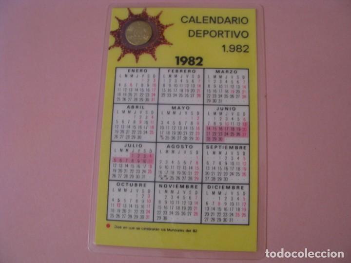 Coleccionismo deportivo: CALENDARIO DE MUNDIAL 82 CON MONEDA CONMEMORATIVA. PLASTIFICADA. - Foto 2 - 142358330