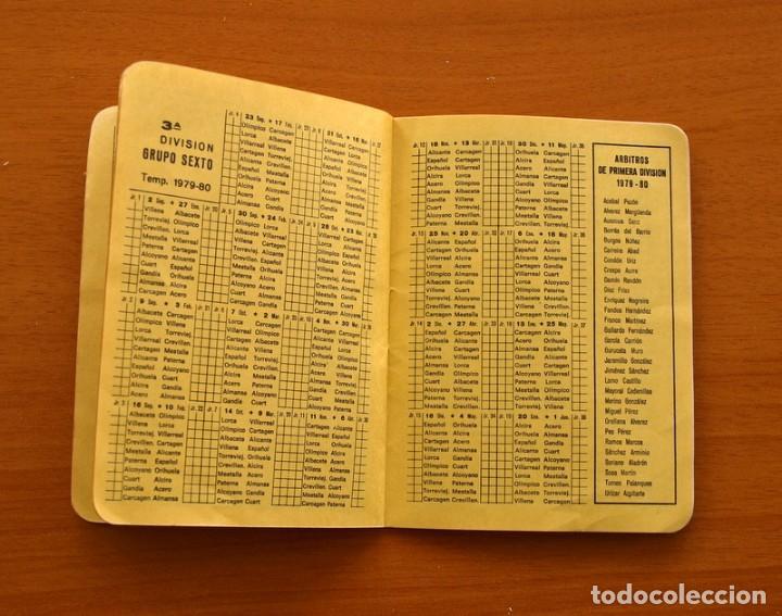 Coleccionismo deportivo: Calendario de liga 1979-1980, 79-80 - Francisco Rico Pintor, Gestor administrativo - ELCHE - Foto 8 - 148258202