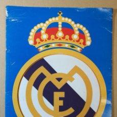 Coleccionismo deportivo: CALENDARIO ALMANAQUE OFICIAL DEL REAL MADRID AÑO 1998 DIARIO AS FALTAN DOS MESES. Lote 219669392