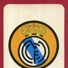 Coleccionismo deportivo: CALENDARIO PUBLICIDAD ESCUDO FUTBOL REAL MADRID 1974 NO FOURNIER ORIGINAL CAL10542. Lote 222039880